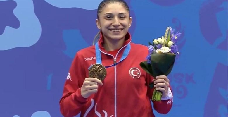 Serap Özçelik'ten gümüş, Merve Çoban'dan bronz madalya