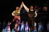 """Nilüfer Belediyesi Halk Dansları Topluluğu """"Nirengi"""" ile büyüledi"""