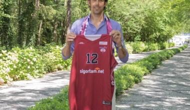 İTÜ, 41 yaşındaki basketbolcu Kerem Gönlüm'ü kadrosuna kattı