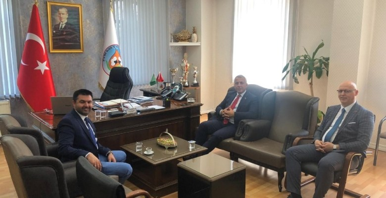 Başkan Babaoğlu, belediye başkanlarıyla bir araya geldi