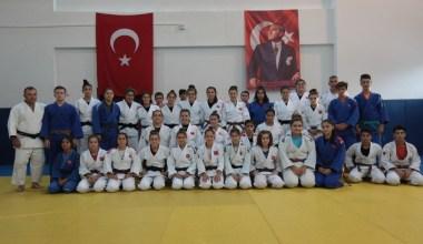Ümit Milli Kadın Judo Takımı, Dünya Şampiyonası'na Ankara'da hazırlanıyor