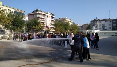 Erdek öğrencilere yangın eğitimi verildi