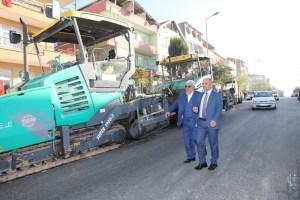 Yunus Emre'ye 3 bin ton sıcak asfalt