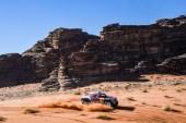 Dakar Rallisi'nde Carlos Sainz liderliği ele geçirdi