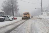 Kocaeli'de ekipler 24 saat boyunca karla mücadele ediyor
