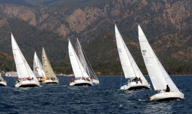 Üniversiteli yelkenciler Marmaris'te Yarışacak