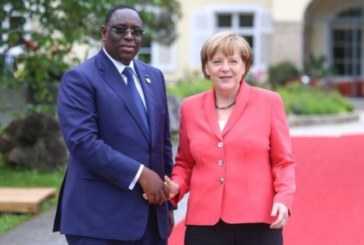 Angela Merkel entame mercredi une visite de 48 heures à Dakar