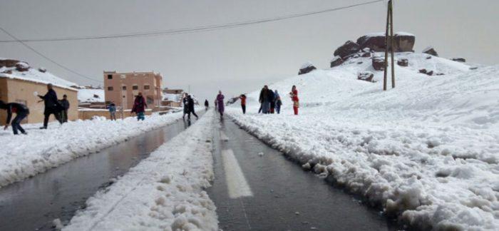 """Résultat de recherche d'images pour """"du temps froid, des chutes de neige et des fortes rafales de vents, de niveau orange, sont attendus à partir de dimanche dans plusieurs provinces du Royaume"""""""
