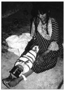 Le rituel de l'emmaillotement libyque