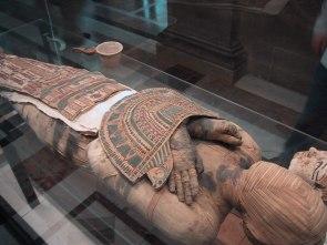 Mummy_Louvre