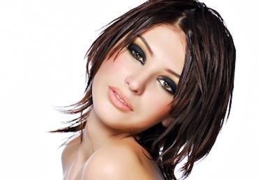 Dames: 90dhs pour un Shampoing, coupe tendance et brushing chez Au Premier!