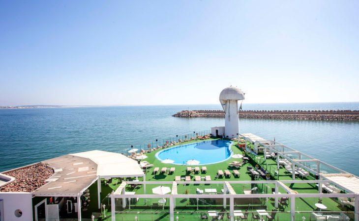 Bianca Beach Family & Resort 5* 1 nuit en Suite pour 2 adultes + 1 enfant