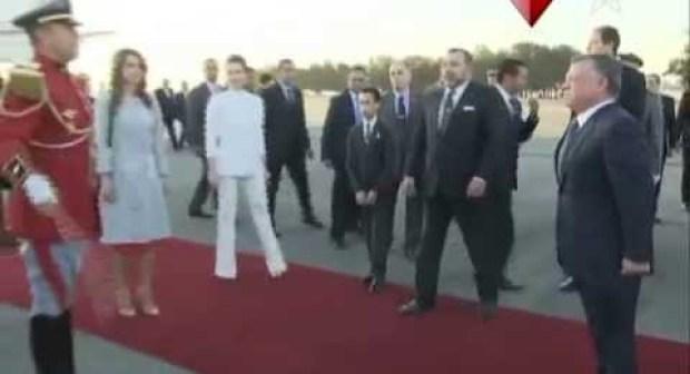 ماذا قال الأمير مولاي رشيد للحارس الشخصي للملك اثناء استقبال العاهل الأردني؟