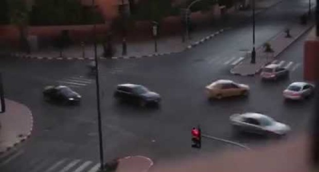 فيديو خطير جدا يظهر تْرَمْضِينة المغاربة قبل دقائق من أذان المغرب