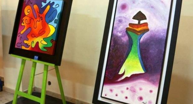 الفنانة التشكيلية سلوى لميموني تنظم معرض تشكيلي بالمركب الثقافي لايت ملول