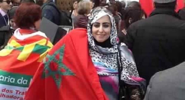 """الناشطة الحقوقية الصحراوية """"عائشة رحال"""" تفضح البرلمانيين اليساريين الأسبان لدى البرلمان الأوروبي"""
