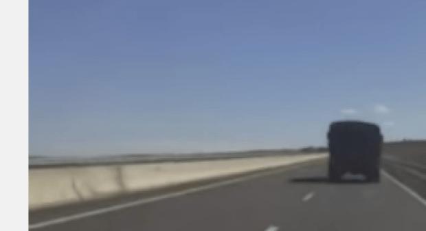 عدد كبير من الشاحنات العسكرية المغربية متجهة نحو الجنوب