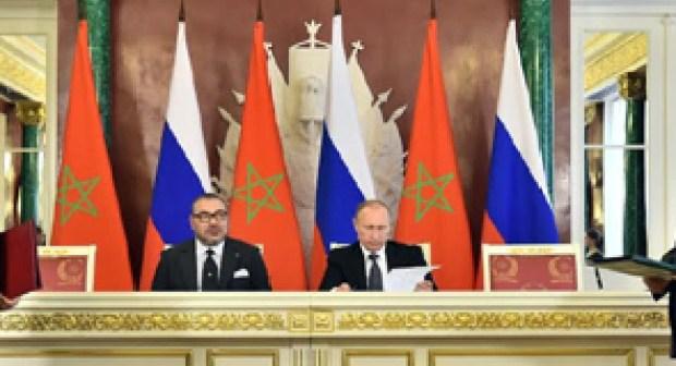 Signature à Moscou de conventions  sur le tourisme et l'aérien