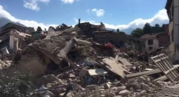 ارتفاع عدد قتلى زلزال إيطاليا إلى 241 واستمرار جهود البحث