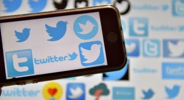 تويتر توقع اتفاقا مع بلومبرغ لتقديم بث إخباري بالفيديو على مدار الساعة