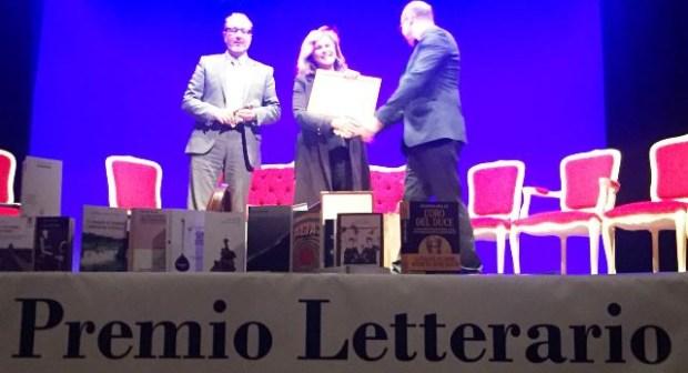 """المغربية سعاد السباعي تتسلم الجائزة الدولية """"نابكوف"""" للكتاب"""