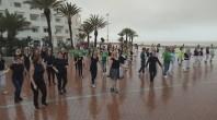 فيديو  فرقة رقصة ليتوانية في عرض بشاطىء اكادير مارس 2018