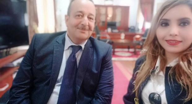 وزير الثقافة يهنئ الفنانة نجاة الباز على مسارها المتميز