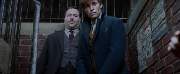 fantastic-beasts-and-where-to-find-them7-586x242