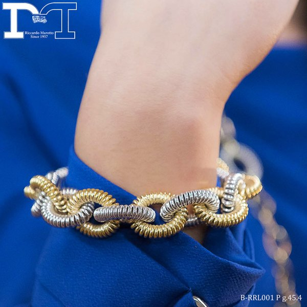 Bracelet in yellow and white gold_details