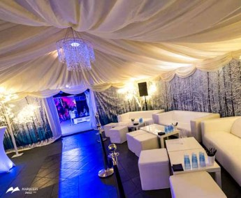 Image of winter themed restaurant