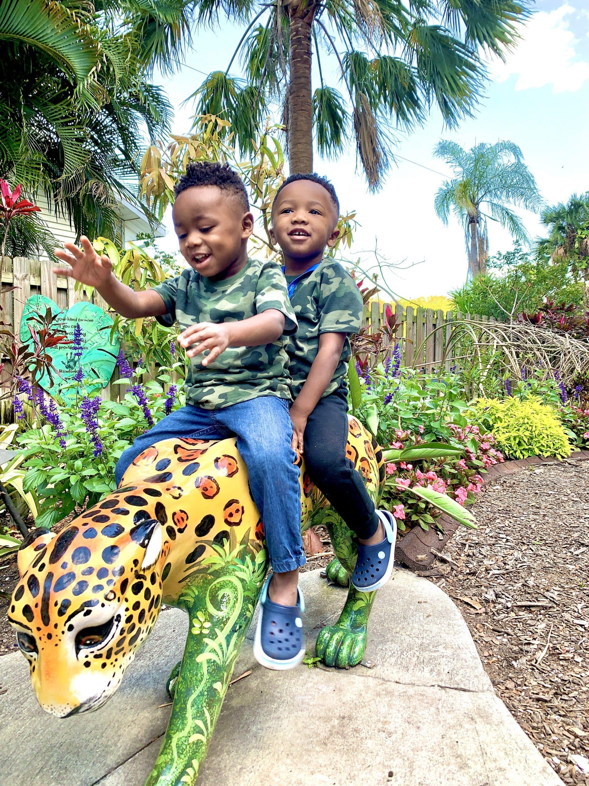Sarasota Selby Gardens_Animal Statues