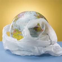 Ecco come ti riuso il sacchetto: gioielli e borse di plastica fusa!