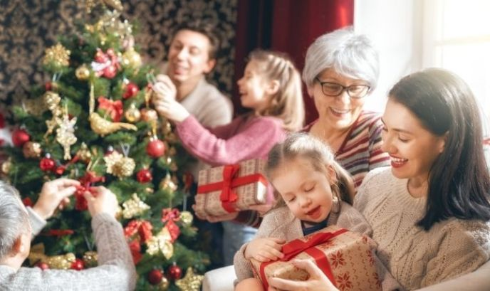 Manage holiday stress by spending time with the people you love the most.