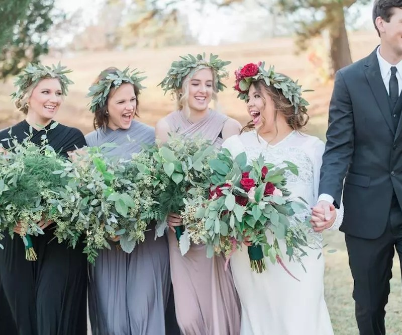 BRIDESMAID'S NEED TO LOOK PRETTY TOO