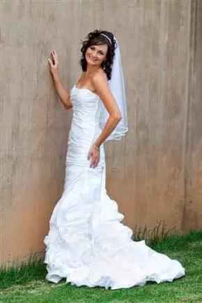 Kzn Wedding Dress Designer Elre Attire Designs Marriage Meander