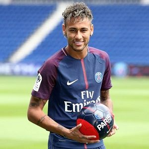 Neymar Biography Affair Single Ethnicity Nationality