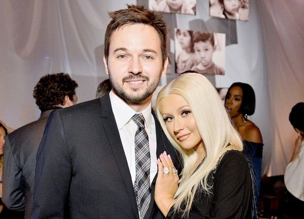 Find out the celebrity couple who married on Valentines ...