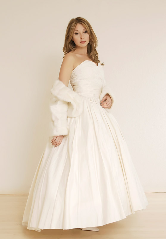 Brautkleid aus Seide
