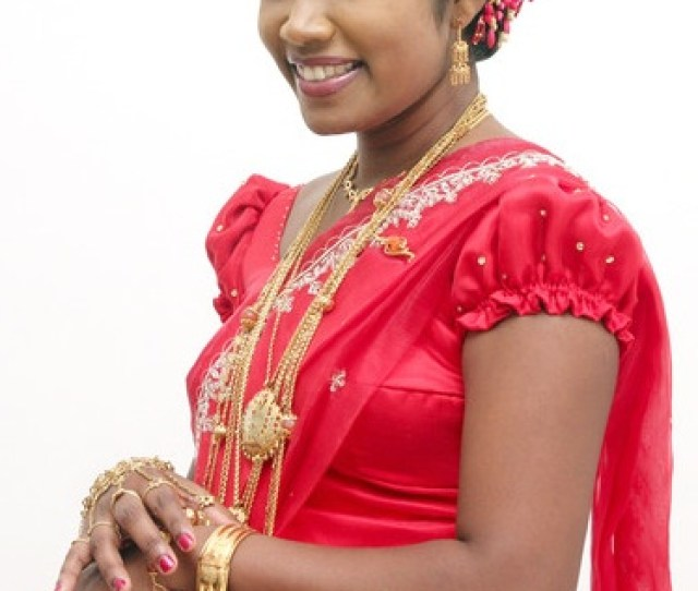 Sri Lankan Bride After Her Wedding
