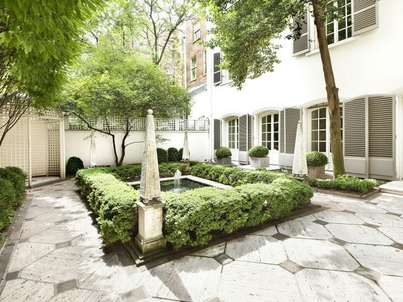 Bunny Mellon New York townhouse garden