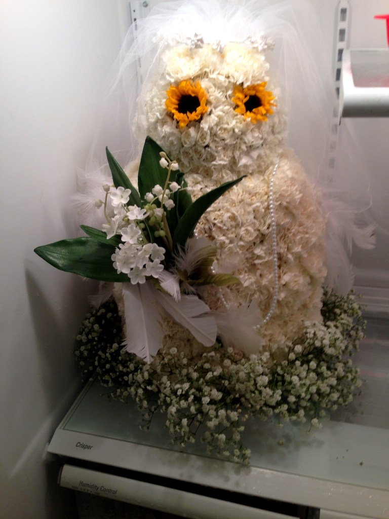 flower arrangement owl