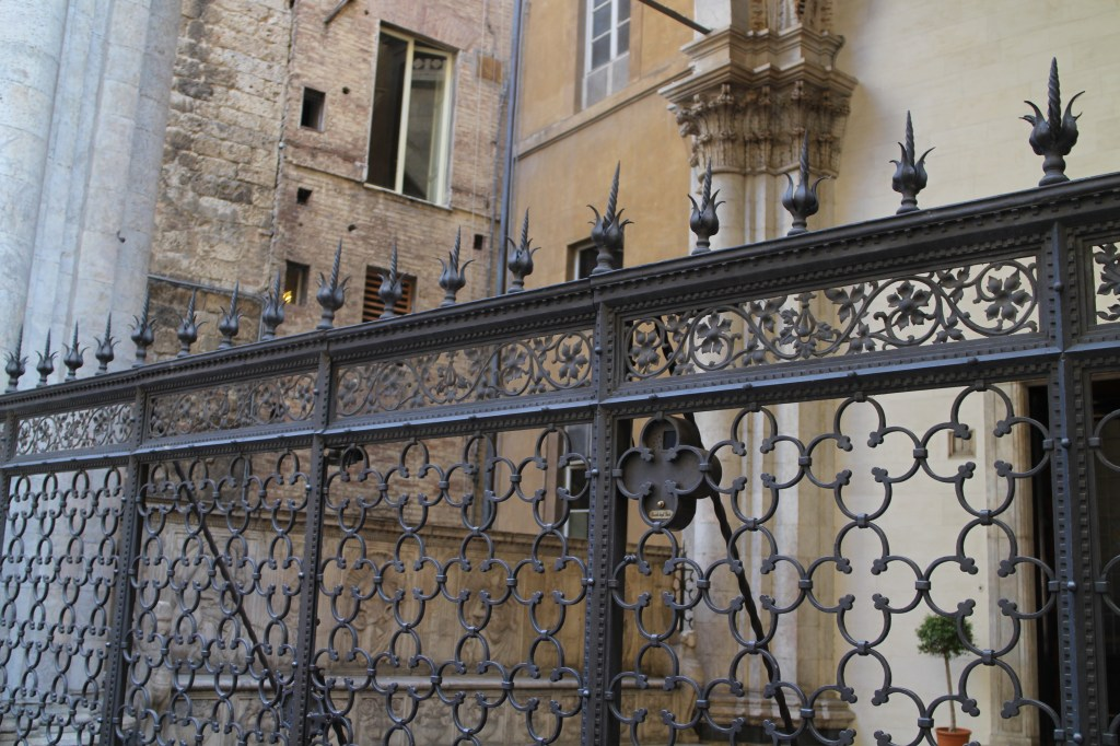 fences in Italy