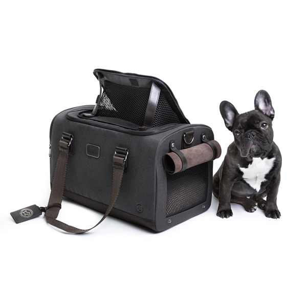 tumi-carrier-dog