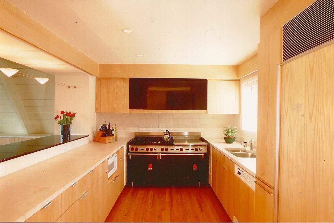 photo of kitchen, California Mountain House