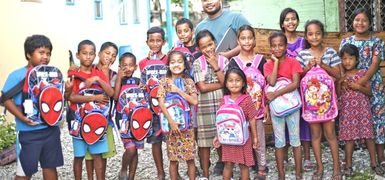 Oregon groups aid schools