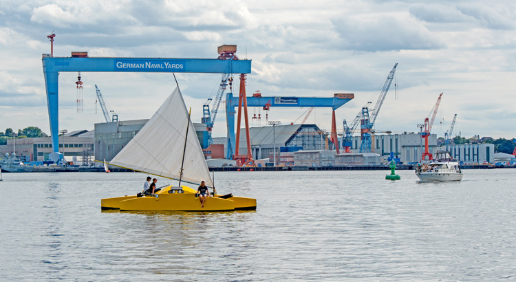 Marshallese canoes built in EU