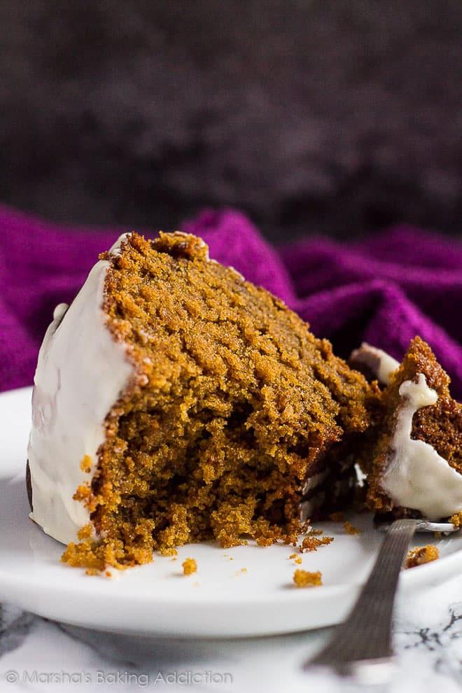 Gingerbread Bundt Cake | marshasbakingaddiction.com @marshasbakeblog