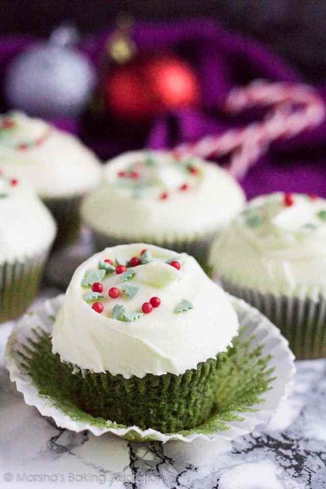 Green Velvet Cupcakes   marshasbakingaddiction.com @marshasbakeblog