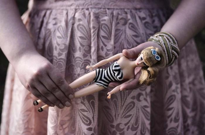 Marshmallow Mädchen - Body Positivity für Frauen mit großen und kleinen Kurven, die selbstbewusst durchs Leben tanzen wollen - Lerne, dich zu lieben! Foto: Adelas Peculiar Art