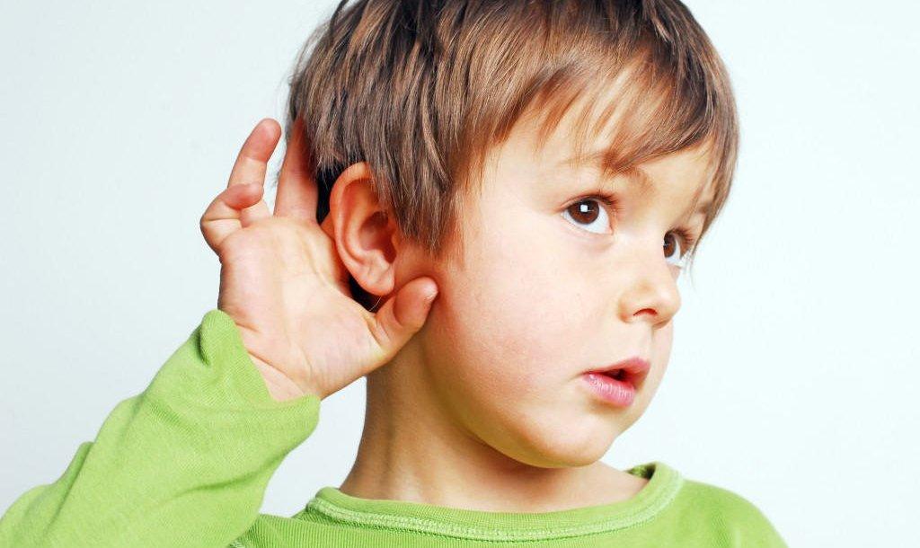 كيف نتعامل مع أطفال اضطراب المعالجة السمعية؟